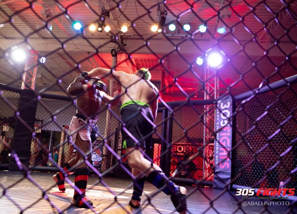 305 FIGHTS 9_26 WM-113