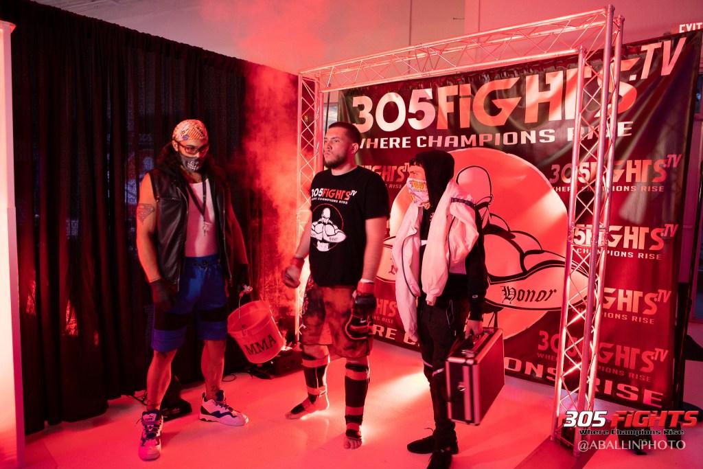 305 FIGHTS 9_26 WM-129