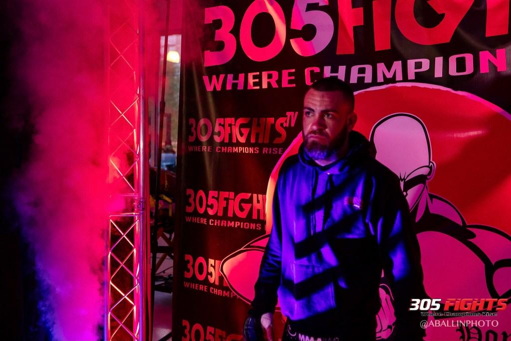 305 FIGHTS 9_26 WM-144