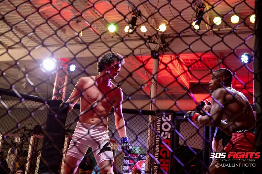 305 FIGHTS 9_26 WM-157