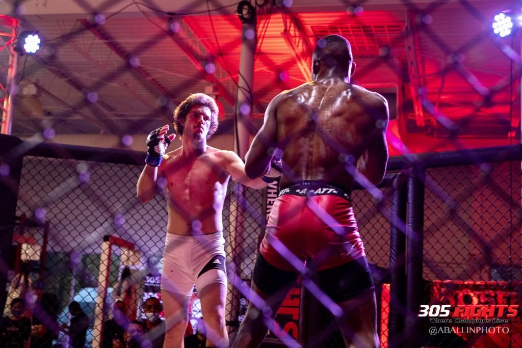 305 FIGHTS 9_26 WM-160