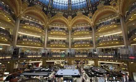 Les Galeries Lafayette s'offrent La Redoute