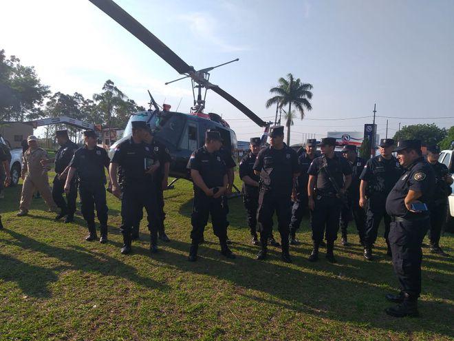Los uniformados se unen a los policías que ya trabajan en esta frontera.