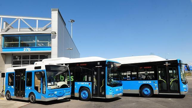 De izquierda a derecha, el minibús, el midibús y el autobús