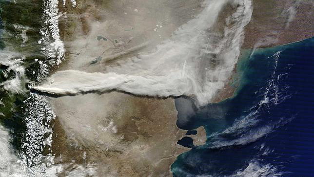 Las cenizas del volcán chileno darán la vuelta al mundo
