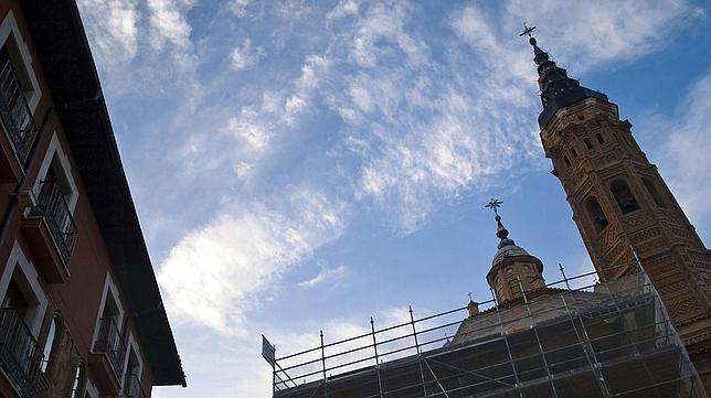 Electrónica para salvar de la humedad a la colegiata bilbilitana de Santa María