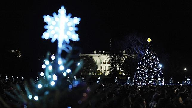 https://i2.wp.com/www.abc.es/Media/201112/02/AFP-obama-arbol-casa-blanca--644x362.jpg