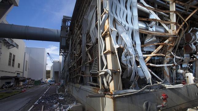 Diputados nipones sospechan que hubo explosiones nucleares en Fukushima