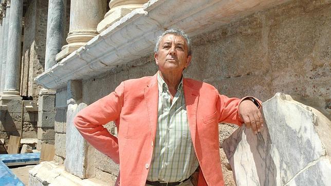 Muere Paco Valladares, uno de los grandes galanes del teatro español