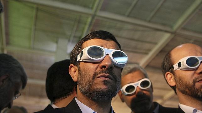 Ahmadineyad acusa a EE.UU. de destruir las nubes de lluvia antes de que lleguen a Irán
