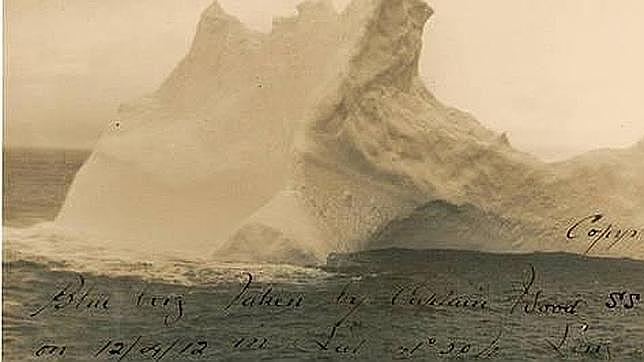 Sale a subasta una foto del iceberg que hundió al «Titanic»
