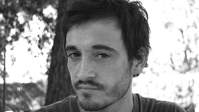 Santiago Velázquez: «Doy voz al militar que arrojaba a una persona viva al vacío durante la dictadura argentina»