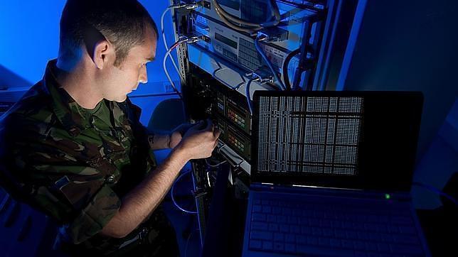 Defensa creará en 2013 un nuevo mando militar para el ciberespacio