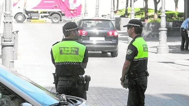 La Policía Local aprueba su cuadrante y el servicio 092