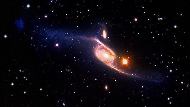 Descubren la mayor galaxia espiral del Universo
