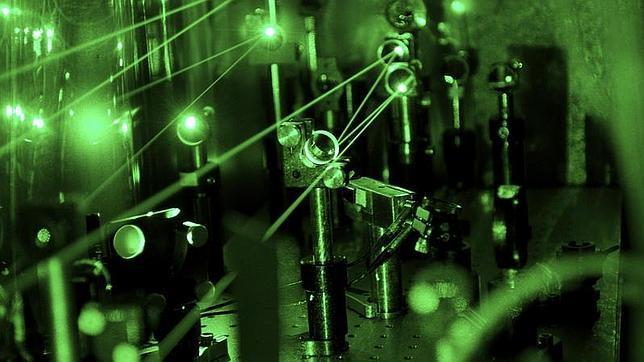 Científicos insisten en que el protón ha menguado