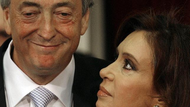 Piden la exhumación del cadáver de Néstor Kirchner para investigar su muerte