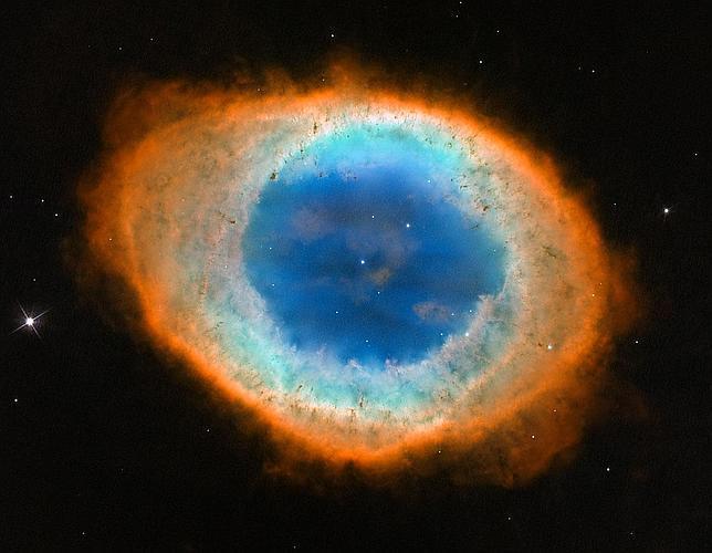 El Hubble logra la mejor foto de la Nebulosa del Anillo