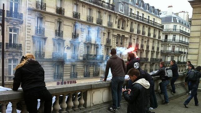 Activistas de extrema derecha ocupan la sede del Partido Socialista en París