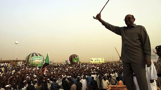 Sudán despierta la maquinaria bélica con el envío de tropas hacia el sur