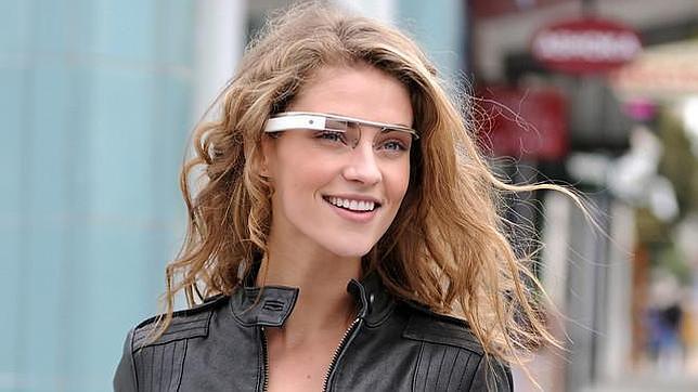 Google Glass o el iWatch: la ropa inteligente, ¿el futuro de los «gadgets»?