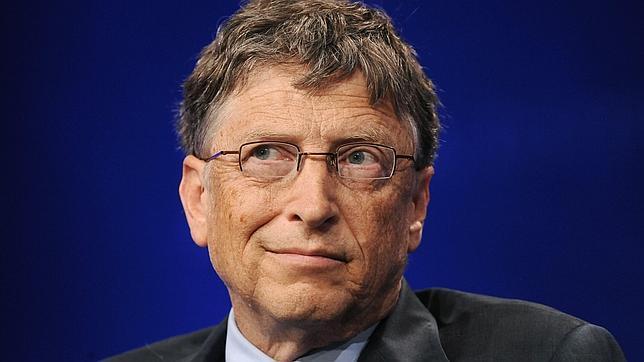 Bill Gates se acerca a Slim como hombre más rico del mundo, según Forbes