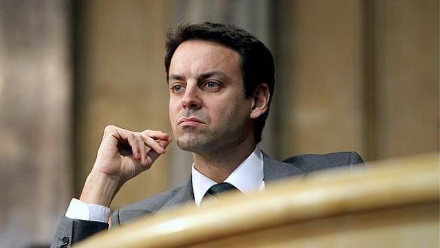 ERC amenaza a CiU con exigir el cese del director de los Mossos si no prohíbe las balas de goma
