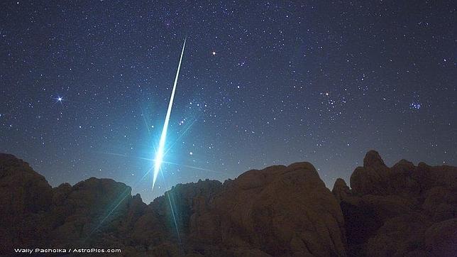 El enigma de Faetón, mitad asteroide, mitad cometa