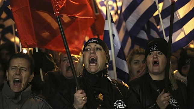 Los neonazis griegos amenazan con participar en las elecciones europeas