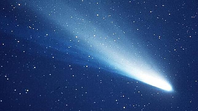Caen las Eta Acuáridas, las estrellas fugaces que deja el cometa Halley