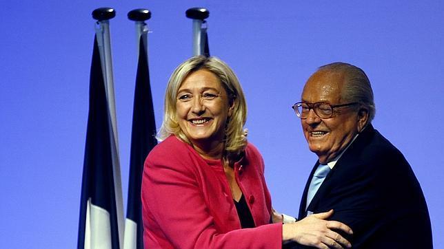 Una alusión de Le Pen a los hornos nazis obliga a retirar un vídeo del Frente Nacional