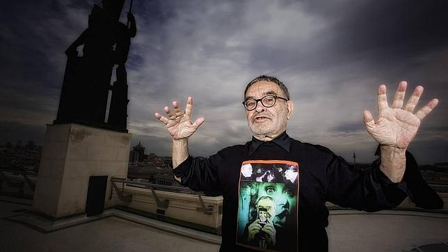 Fernando Arrabal: «Vivimos en una astracanada trágica»