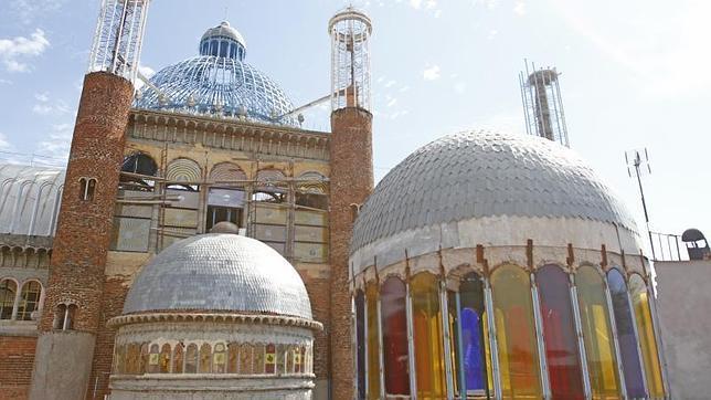 Justo Gallego, el «loco silencioso» que sigue construyendo una catedral a los 90 años