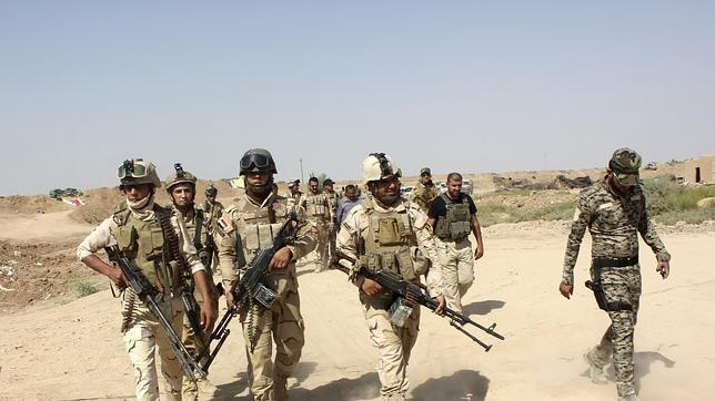 Los 300.000 soldados del ejército de Irak huyen ante 30.000 yihadistas