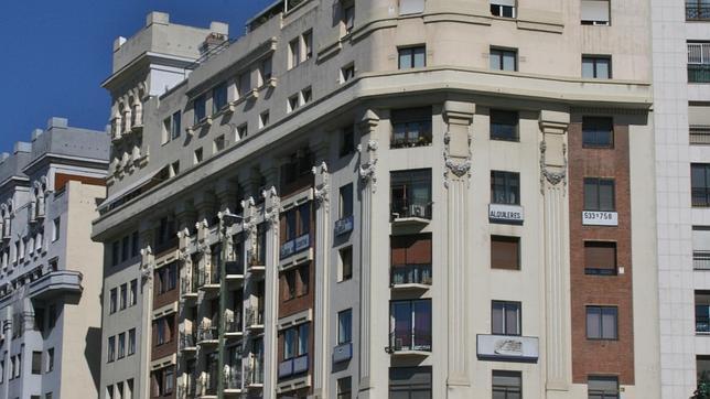 Los tres edificios que Madrid levantó en 1921 para homenajear al Titanic