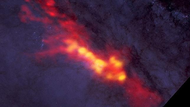 ¿Por qué algunas galaxias fabrican mil veces más estrellas que la Vía Láctea?