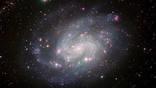 Científicos hallan cientos de galaxias formadas después del Big-Bang