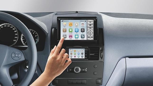 Diez apps imprescindibles en el coche