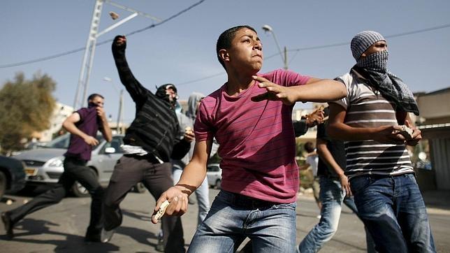 Israel castigará con hasta 20 años de cárcel a quienes lancen piedras