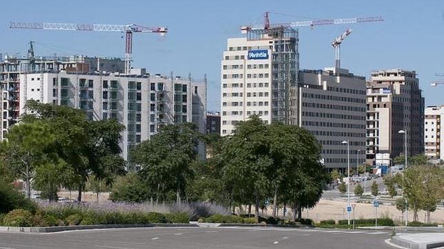 La escasez de obra nueva «calienta» los precios de la vivienda en Madrid