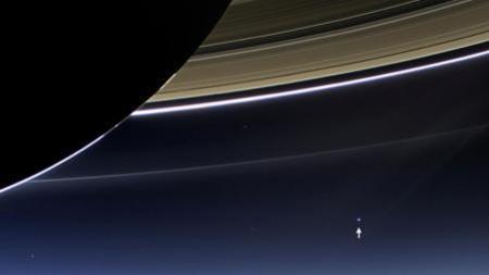La Tierra, vista desde Saturno