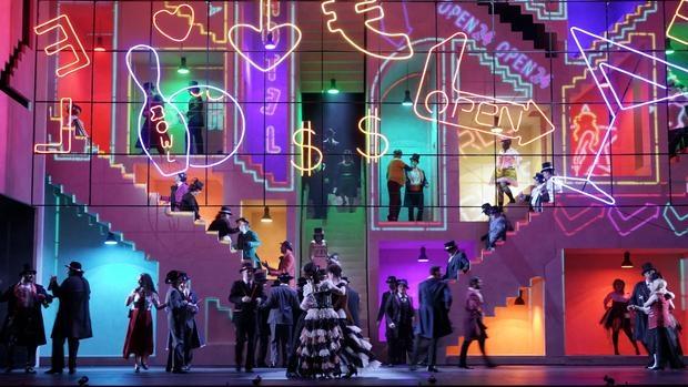 Una escena de «La prohibición de amar», en la producción del Teatro Real