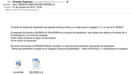 Mail en el que el juez remite una querella a Manos Limpias para que la presenten ellos