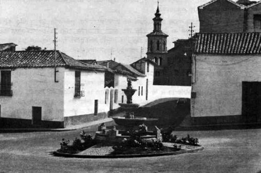 Vista de Olías del Rey en los años ochenta del pasado siglo (Foto, Colección YA-Toeldo. AMT)