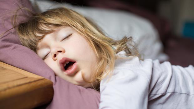 Resultado de imagen para dormir a mis dos niñas