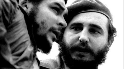 Castro (a la derecha) junto al «Comandante»