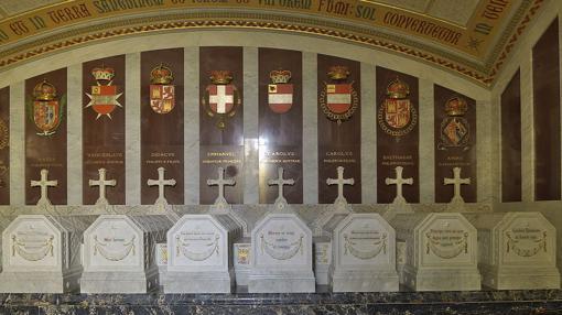 Vista general de una de las cámaras o salas del Panteón de Infantes