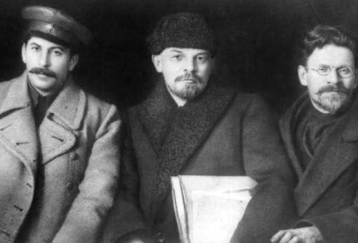 Iósif Stalin, Vladímir Lenin y Mijaíl Kalinin