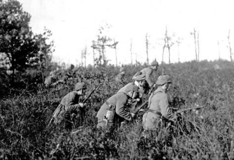 Una patrulla alemana en el norte de Francia, 1915