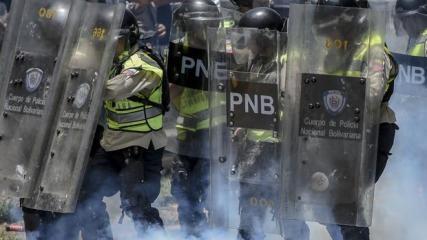 Policía antidisturbios durante enfrentamientos registrados esta semana en Caracas